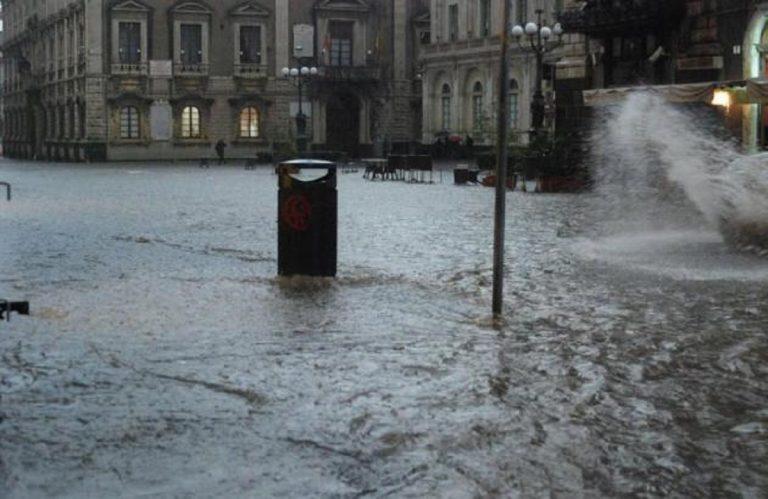 Catania, maltempo: vento, pioggia e grandine