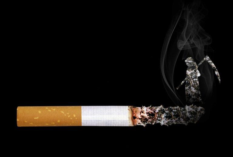 muore tumore polmoni dopo trapianto fumatrice