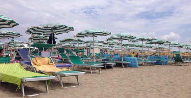 Tassa ombrelloni a Rimini, conteggiata anche l'ombra