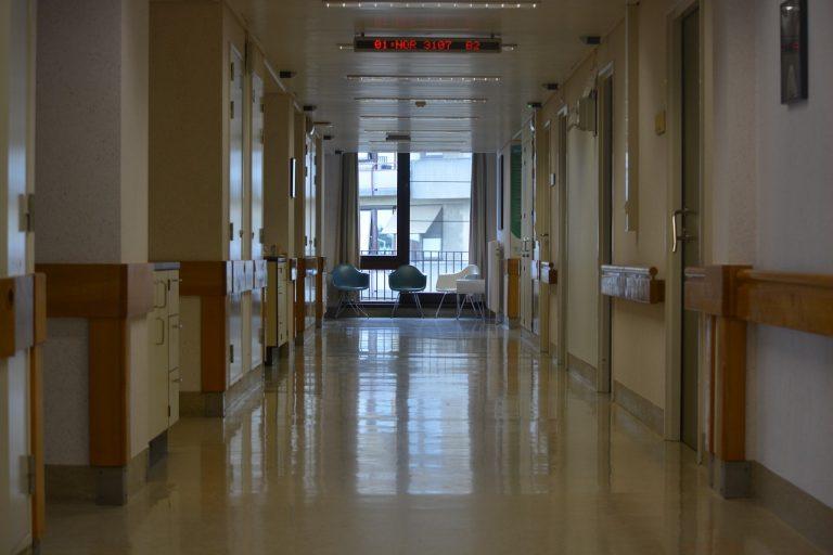 napoli-malasanità-perde-vista-intervento-cuore