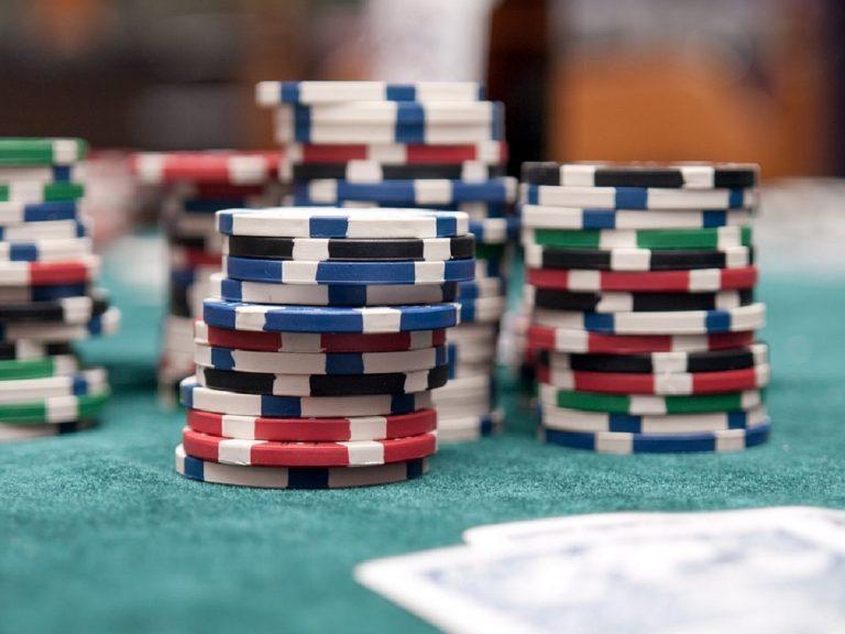 poker 1 768x576