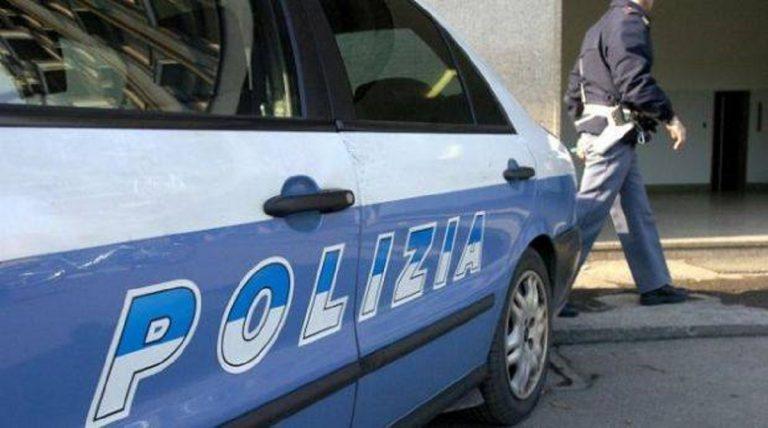 Strangola la madre, poi confessa alla Polizia