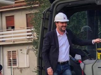 Salvini ruspa demolizione Casamonica