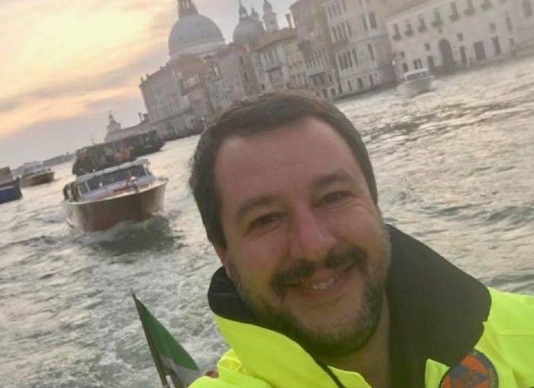 Salvini in viaggio per belluno, le critiche sui social