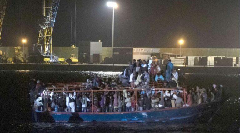 sbarco migranti a Pozzallo