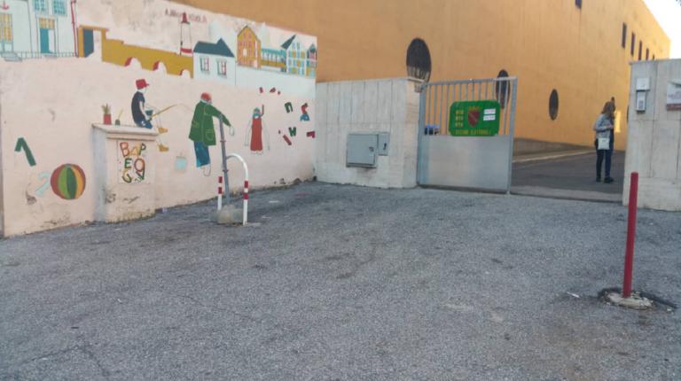 maestra sventa un rapimento davanti a scuola