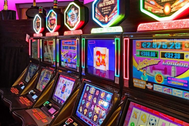 slot machine 768x511