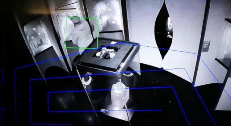X-Law, l'algoritmo che precede i reati sventa un furto