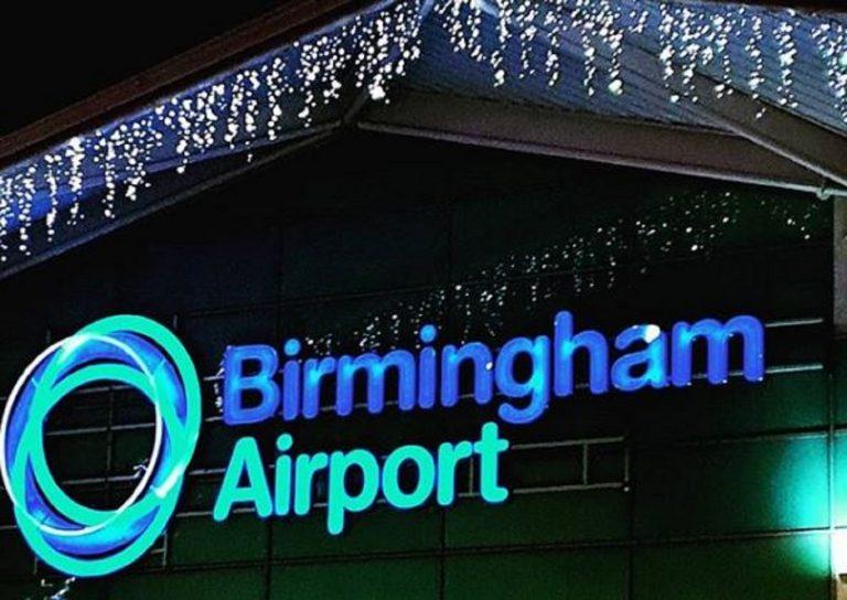 Voli sospesi all'aeroporto di Birmingham