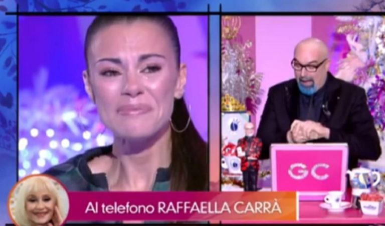 Bianca Guaccero scoppia in lacrime in diretta a Detto Fatto