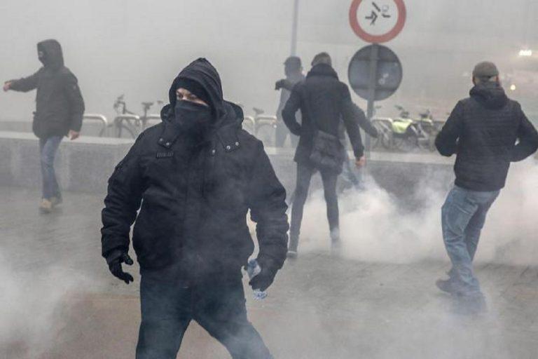 A Bruxelles scontri tra sostenitori del Global Impact e gruppi contro l'immigrazione
