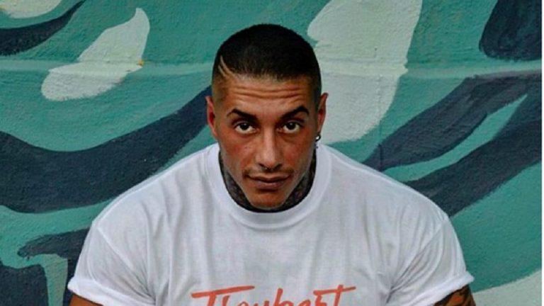 Francesco Chiofalo in ospedale per l'operazione: il messaggio ai fan