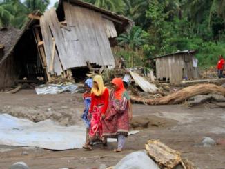 Filippine, frane e inondazioni