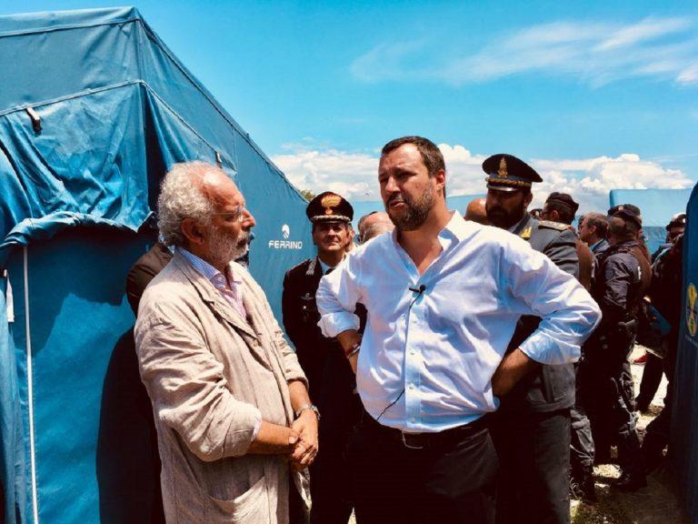 Violenza e cori razzisti negli stadi, Gad Lerner attacca Salvini