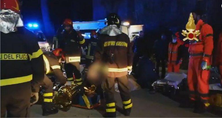 Tragedia in discoteca: 6 morti, 5 ragazzini al concerto di Sfera Ebbasta