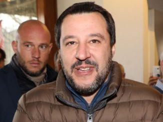 """Salvini """"Reddito di cittadinanza? I furbi non vedranno un euro"""""""