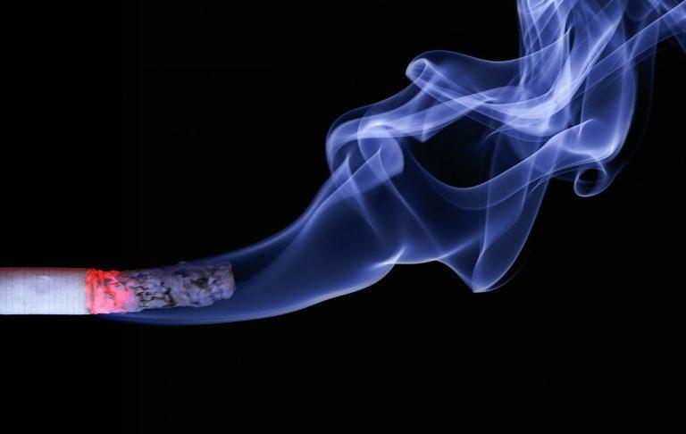 Sigarette normali o elettroniche
