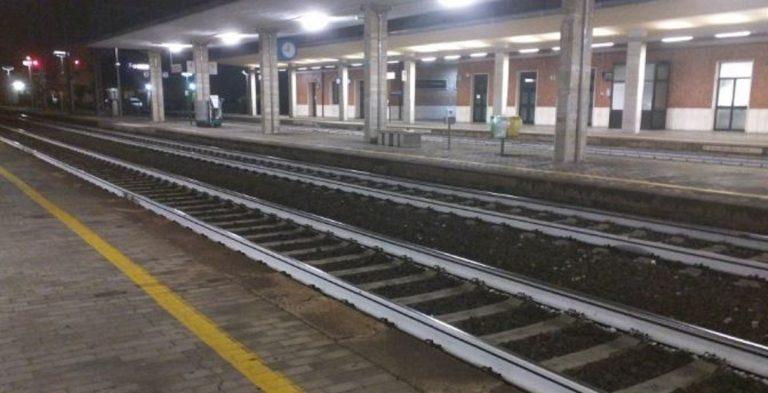 Faenza, un treno investe un uomo: le indagini sono in corso