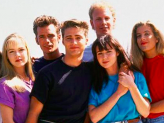 Torna Beverly Hills 90210