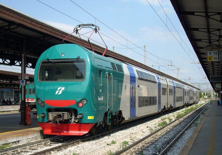 treno 768x536