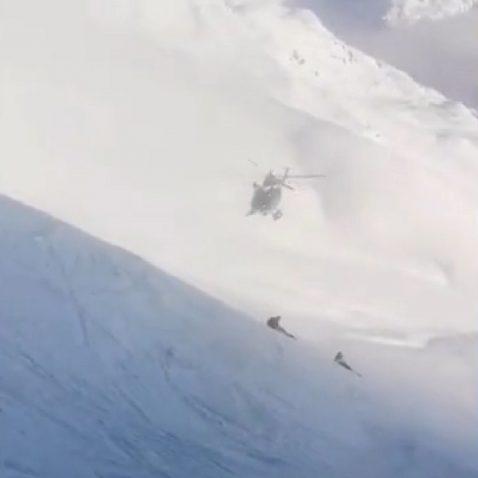 chamonix elicottero manovra 478x478