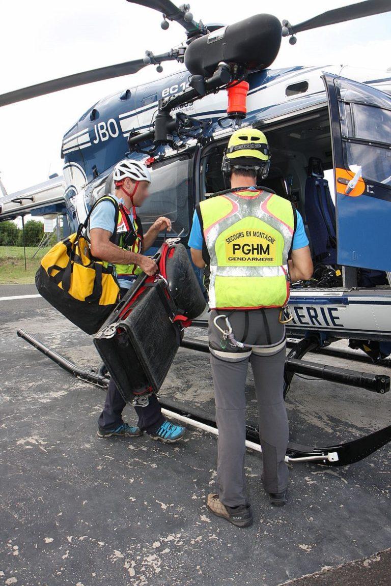 chamonix elicottero manovra main 768x1152