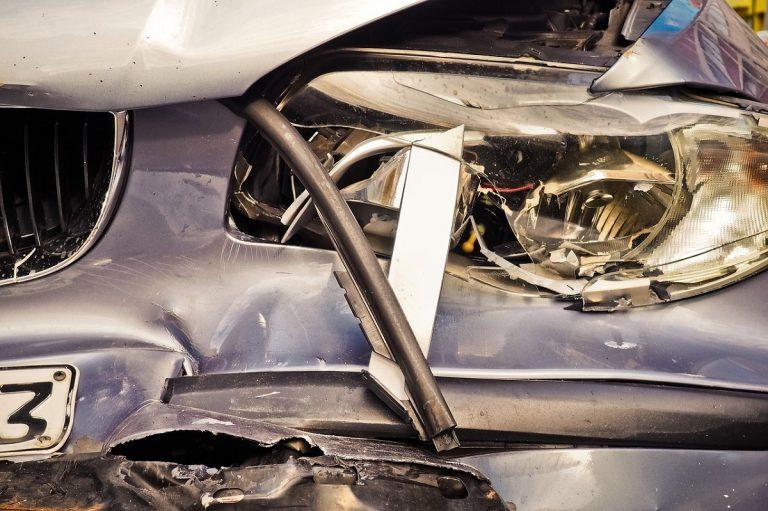 Grave incidente stradale a Lecce, muore un 32enne