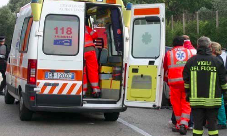 Incidente, tassista travolto e ucciso