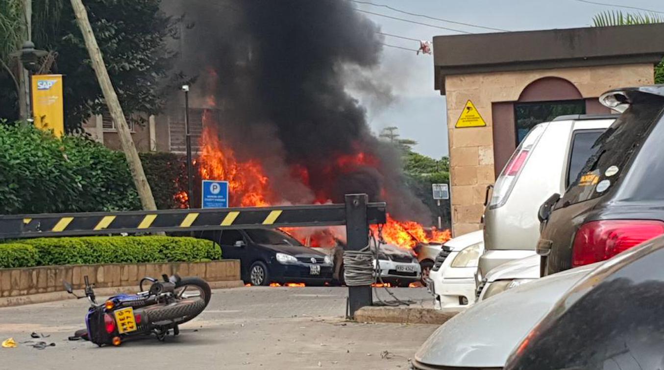 Nairobi, esplosioni e colpi di arma da fuoco in hotel