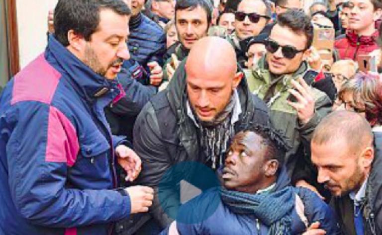 Salvini, ambulante allontanato dalla scorta