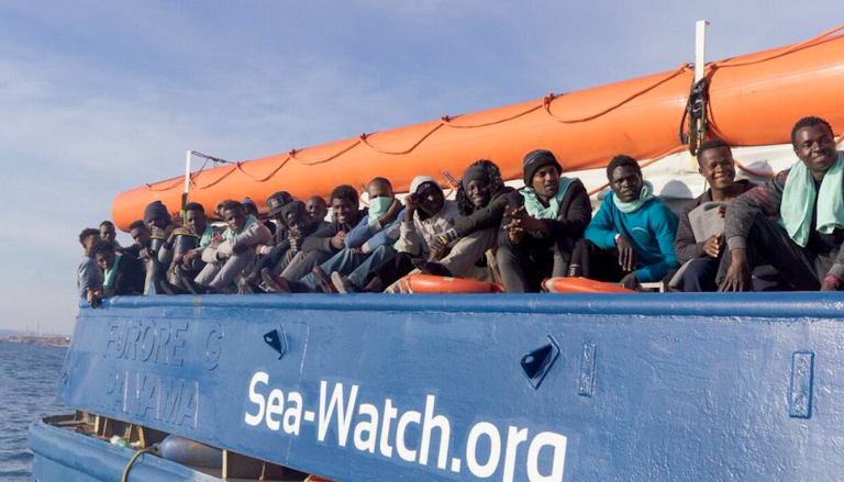 Sea Watch, rinviato lo sbarco a Catania