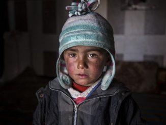 Siria, 15 bambini morti di freddo nei campi profughi