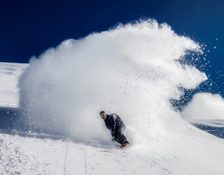Snowboarder muore a Courmayeur