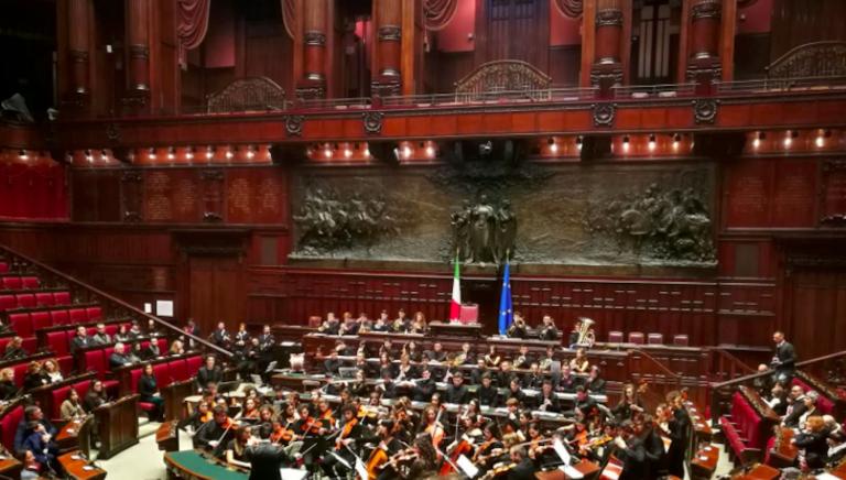 Stipendio parlamentari, la proposta di Forza Italia