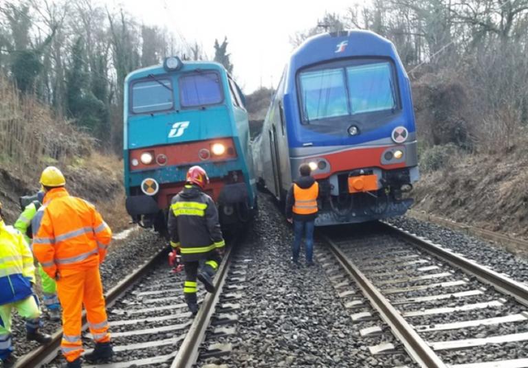 Arezzo, treno investe una persona tra Bucine e Laterina