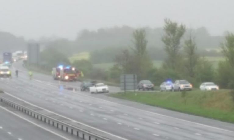 UK, ucciso in autostrada, suicidio in auto
