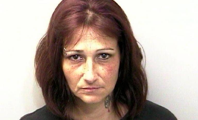 Usa, mamma fa violentare la figlia