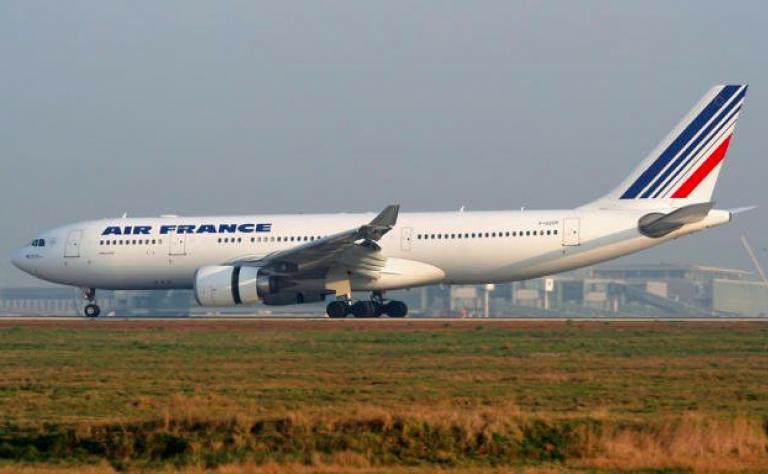 Air France si sfila dal salvataggio di Alitalia