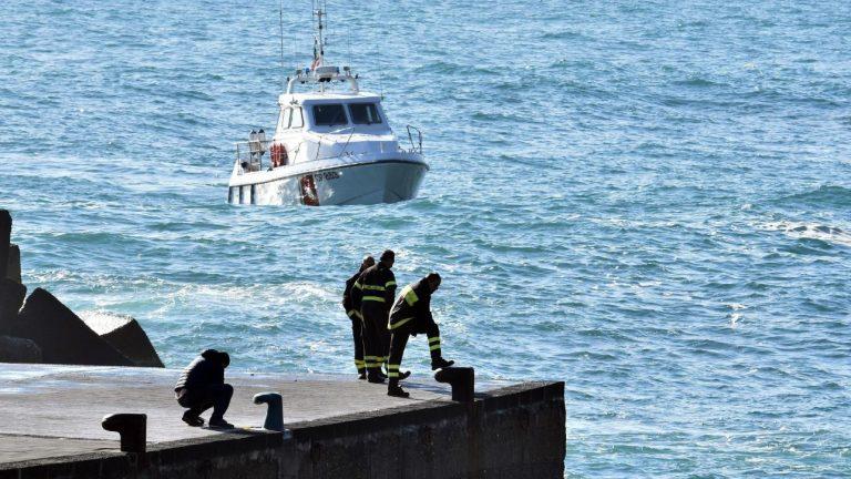 Catania, trovato il cadavere di uno dei tre ragazzi dispersi in mare