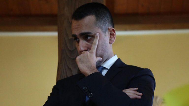 """La gaffe di Di Maio """"Francia, democrazia millenaria"""""""
