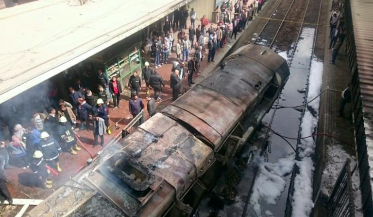 Il Cairo, incidente ferroviario nella stazione centrale: diversi morti e feriti