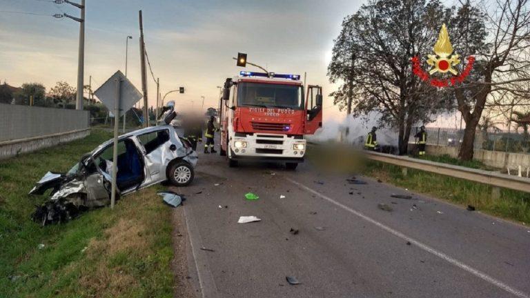 Pontinia, auto in fiamme dopo un'incidente sulla Migliara 47: un morto