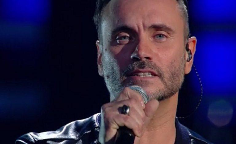 Sanremo 2019 Nek Il Testo Di Mi Farò Trovare Pronto