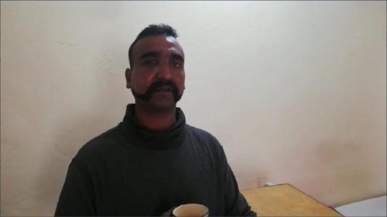pakistan pilota indiano