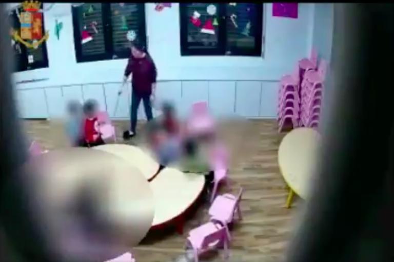 prato-bimbi-picchiati-con-bacchette
