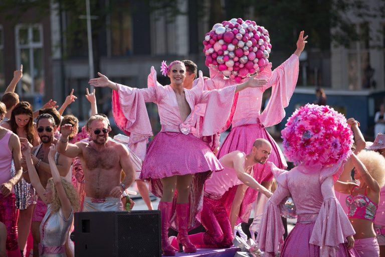 Disneyland paris Gaypride