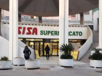 Gallipoli, nigeriano sventa rapina al supermercato: assunto