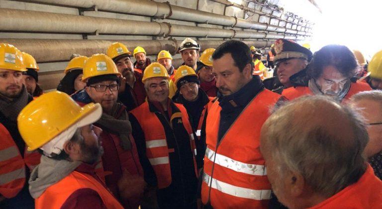 Salvini visita il cantiere Tav di Chiomonte