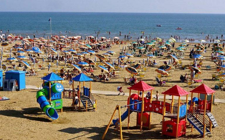 A Bibione la prima spiaggia smoke free