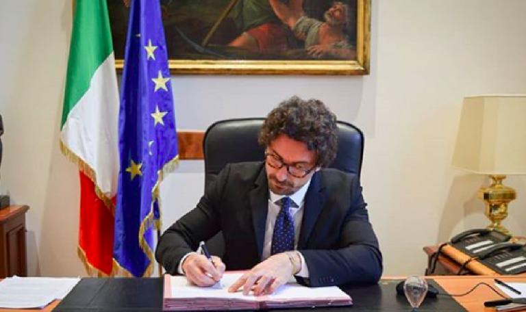 Tav, Toninelli invia alla Francia l'analisi costi-benefici